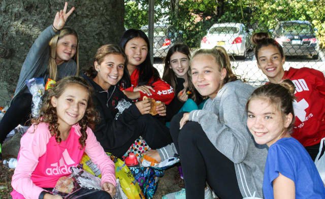 Sleepy Hollow students made sure no one ate alone Oct. 5.