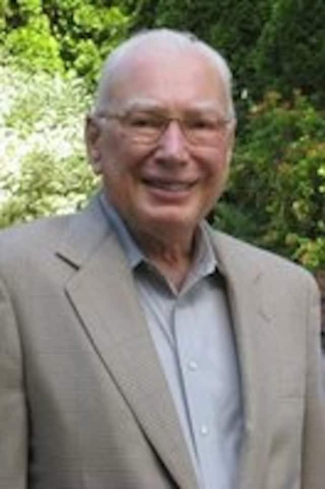 Douglas Noiles