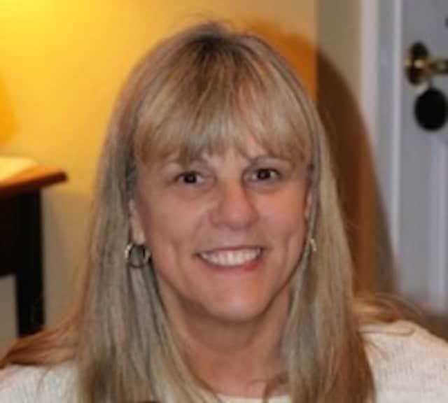 Suzanne Theriot Stisser