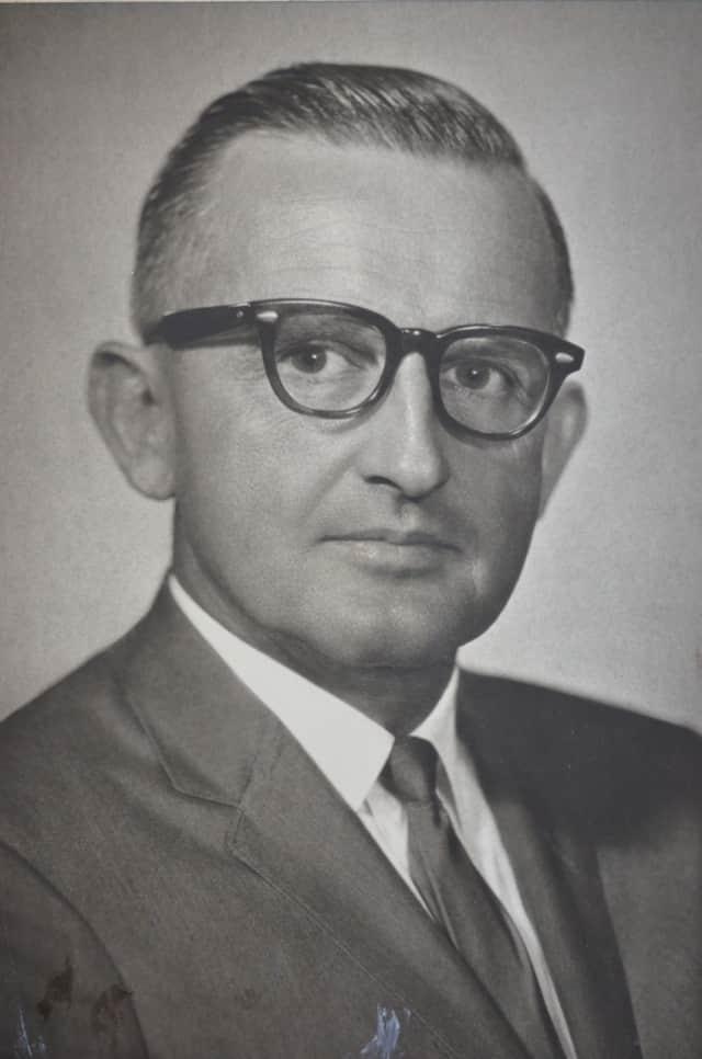 Dr. Max E. Gahwyler