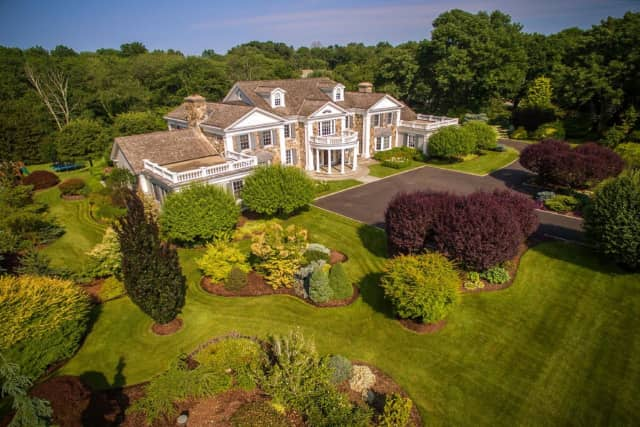 This home at 712 Oenoke Ridge Road in New Canaan is on the market for $7.9 million.