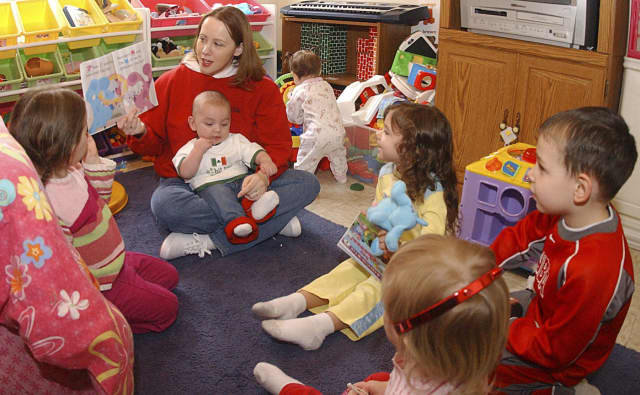 A children's librarian from the Westport Library will model techniques for reading aloud to children from birth through adolescence on Tuesday, Oct 20, at 7 p.m., in the Library's McManus Room.