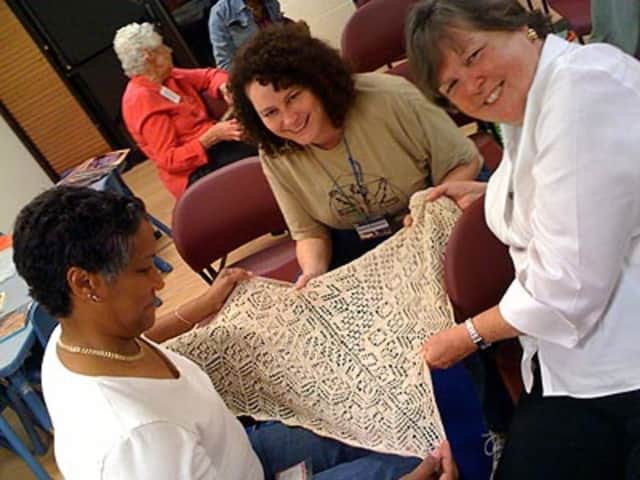 The Palisade Guild of Spinners and Weavers is meeting at the Upper Saddle River Library.