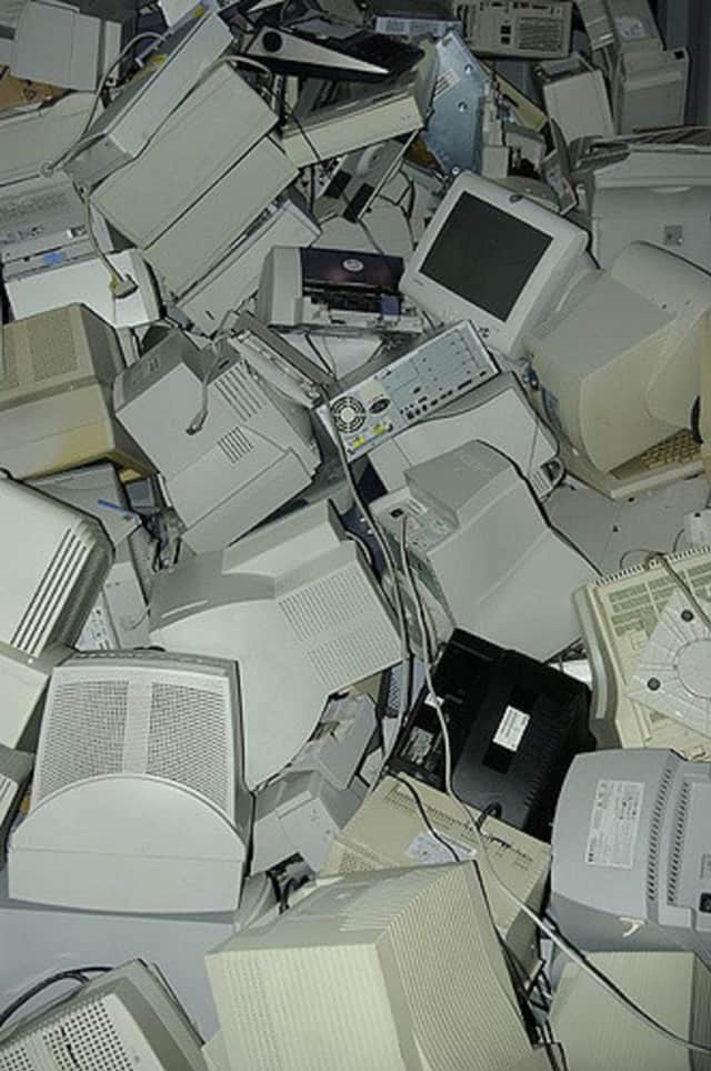 Don't just let your old electronics go to waste -- the Laptop Project will happily take them and put them back into use.