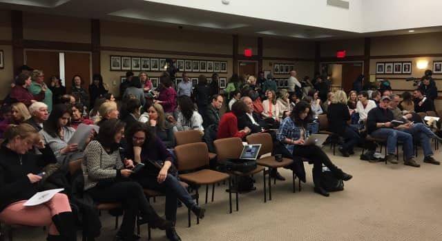 100 or so people turned out for the Planning Board hearing on The Valley Hospital expansion