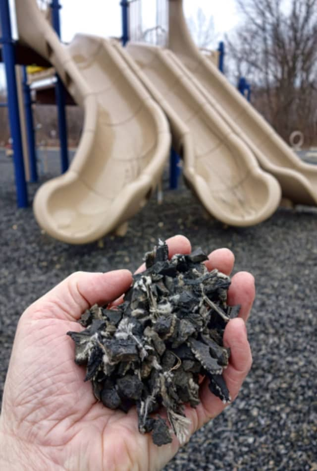 Recent findings do not indicate that the rubber on the playgrounds and artificial turfs poses a risk to public health, but a group of Mahwah parents says there are still better alternatives available.