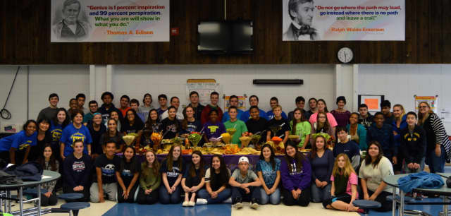 The Putnam Valley Make a Difference Club celebrated its 16th Make a Difference Day by sponsoring workshops that promoted health and wellness.