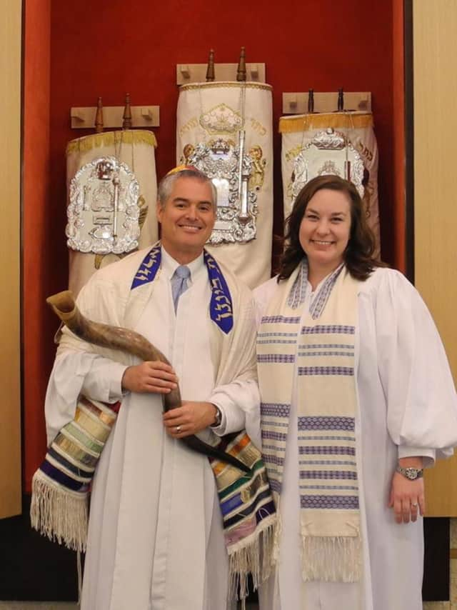 Temple B'nai Chaim will celebrate High Holy Day services at its synagogue in Georgetown.