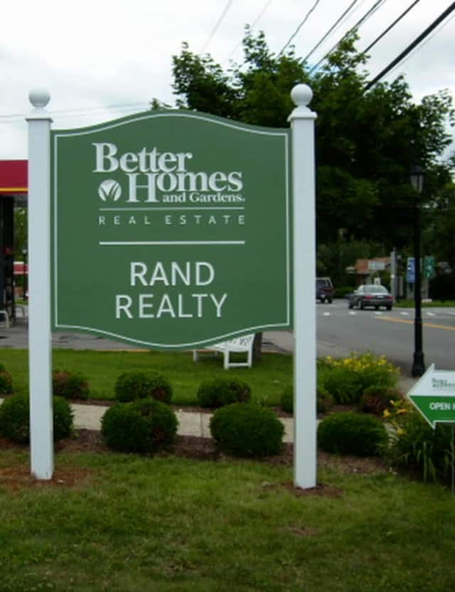 Better Homes & Gardens Rand Realty now offers Updater, a guided web application that streamlines the moving process.