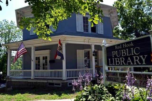 """The Red Hook Public Library is offering patrons a place to escape the madness of """"Black Friday"""" shopping with a fall crafts workshop. The workshop takes place from 1-3 p.m. Friday, Nov. 27."""