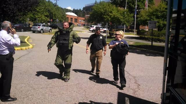 The Rockland County Sheriff's Bomb Disposal Unit responded to a suspicious package at the county courthouse earlier today.