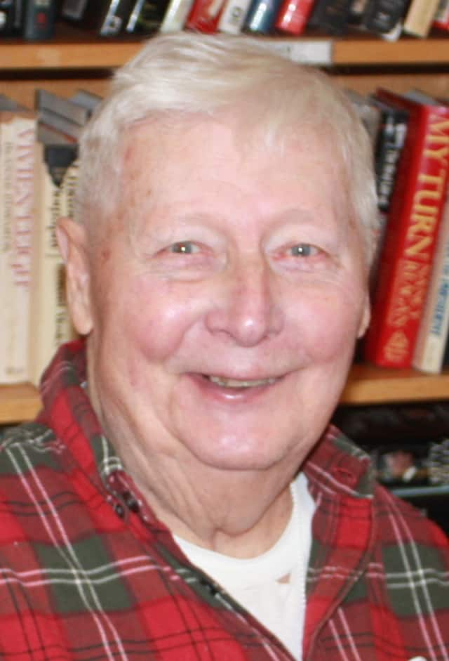 Ron Barlow, who grew up in Mamaroneck, N.Y., also lived in Iowa, Chicago, Detroit, Omaha and Rye, N.Y. He also owned homes in New Canaan, and now resides at The Inn, part of the Waveny LifeCare Network.