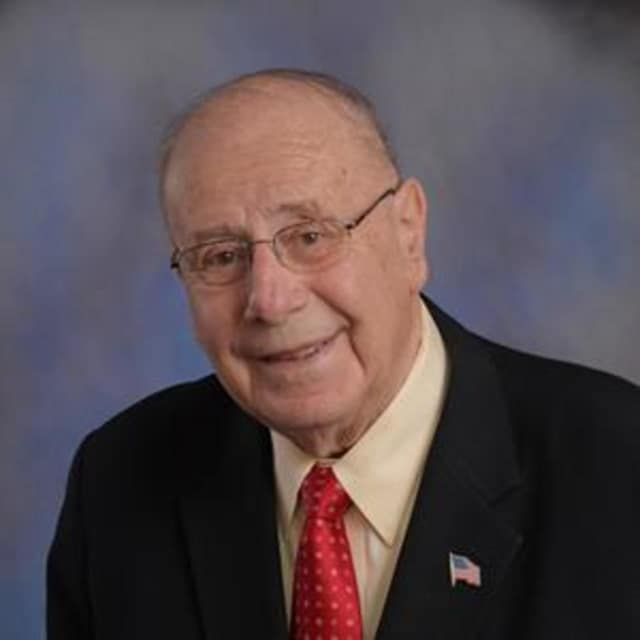 Former White Plains Mayor Joseph Delfino has been named the top honoree of the 33rd annual Westchester Senior Citizen Hall of Fame awards.