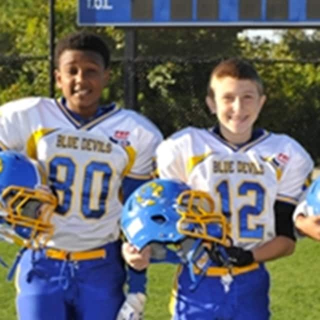 Registration for the Eastchester Blue Devils football and cheer programs takes place next week.