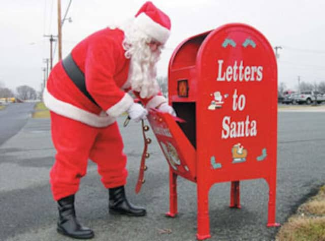 Submit your letters to Santa now at Lyndhurst Town Hall.