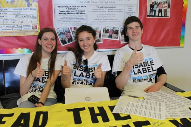 "Sleepy Hollow students help ""Spread the Word to End the Word."""