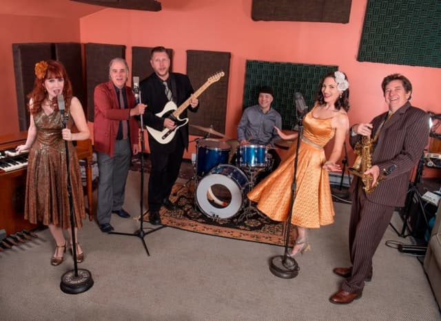 Swing band Eight to the Bar will be performing at the Trumbull Library.