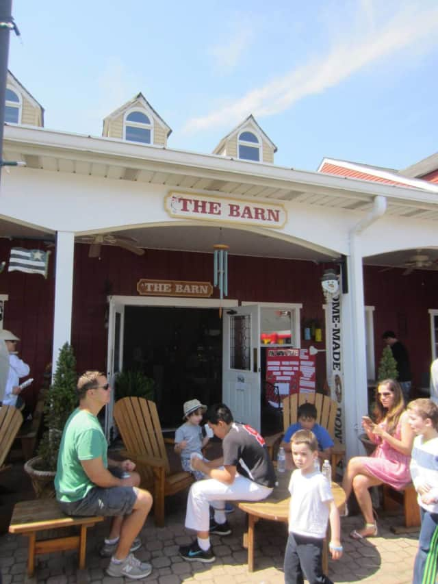 The Closter Chamber Of Commerce is hosting a Fall Meet & Greet The Barn in Closter.