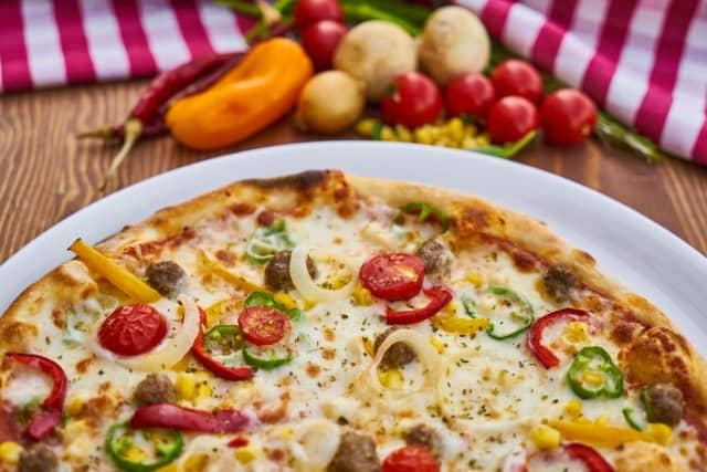 Pizza photo illustration (photo not taken at Davinci's)