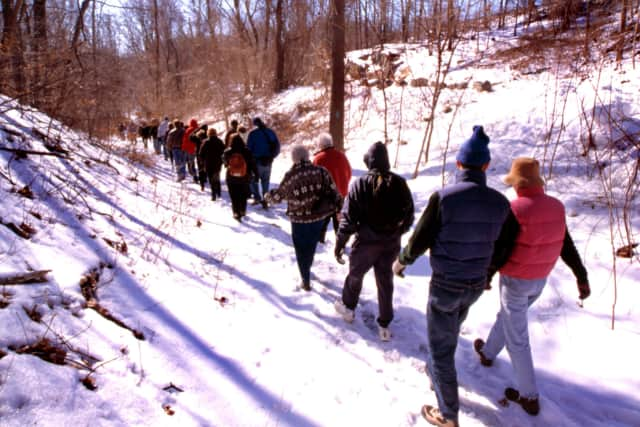 Palisades Interstate Park is offering day and evening hiking tours of historic spots in Alpine and Fort Lee throughout the winter.