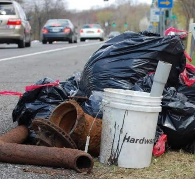 The Xi Lambda Lambda chapter of Omega Psi Phi needs volunteers for its annual cleanup of Route 59 in Spring Valley from 7:30-9:30 a.m. this Saturday, Aug. 27.