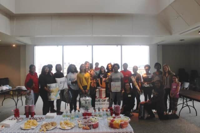 """Students in Yonkers and Mount Vernon benefitted from the Junior League of Bronxville's """"Dorm Room Drive"""""""