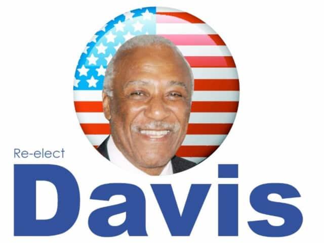 A Facebook page depicting Mount Vernon Mayor Ernest Davis in a poor light has been taken down.