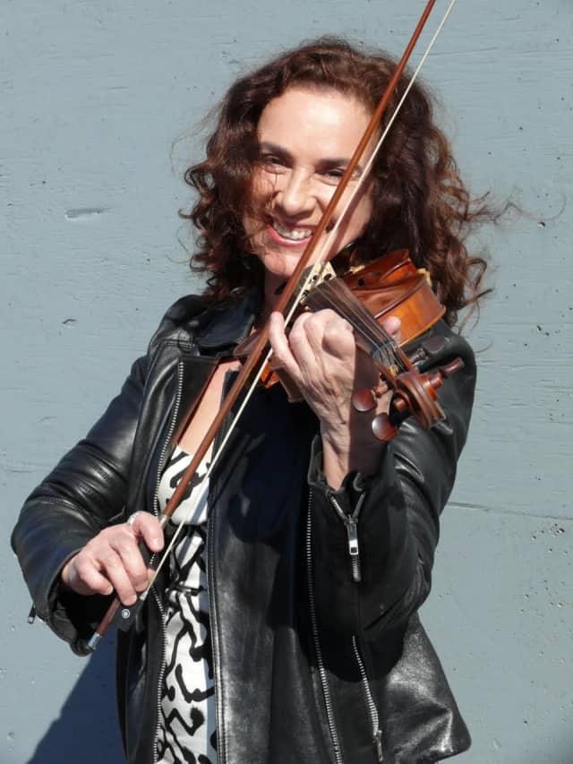 Elektra Kurtis-Stewart, photographed by George Madarasz.