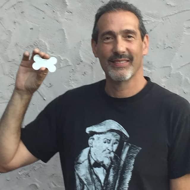Gary Castelle, inventor of www.Safe-Flash.com.