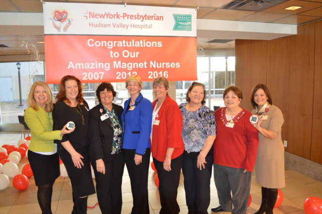 A.Bonnie Corbett, Chief Nursing Officer and Vice President, Patient Services, left, and Stacey Petrower, President, NewYork-Presbyterian Hudson Valley Hospital, right, with members of NYPHVH nursing leadership and nursing educators