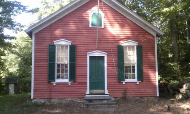 Little Red Schoolhouse in New Canaan to host open house