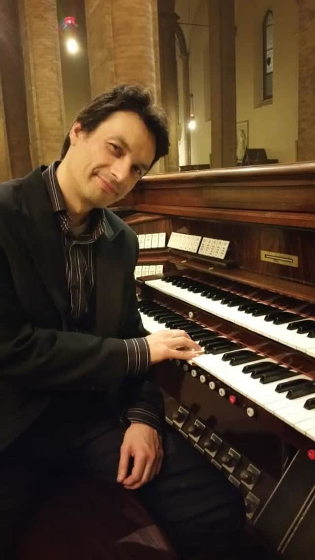 Italian organ virtuoso Gianni della Vittoria will perform Jan. 10 in the Reformed Church of Bronxville's free organ recital.