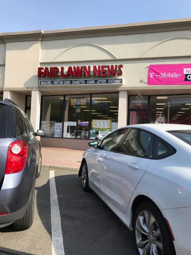 Fair Lawn News sold a winning lottery ticket recently.