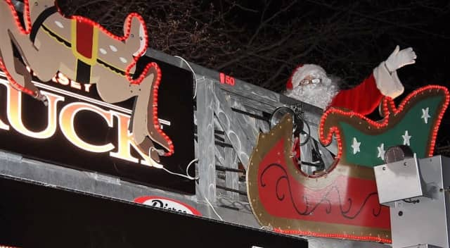 Santa Claus will be making his annual appearance in Park Ridge on Christmas Eve.