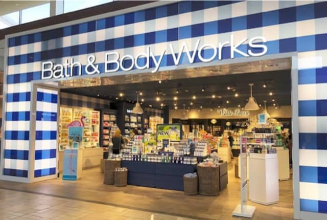 Bath & Body Works has opened at Smith Haven Mall.