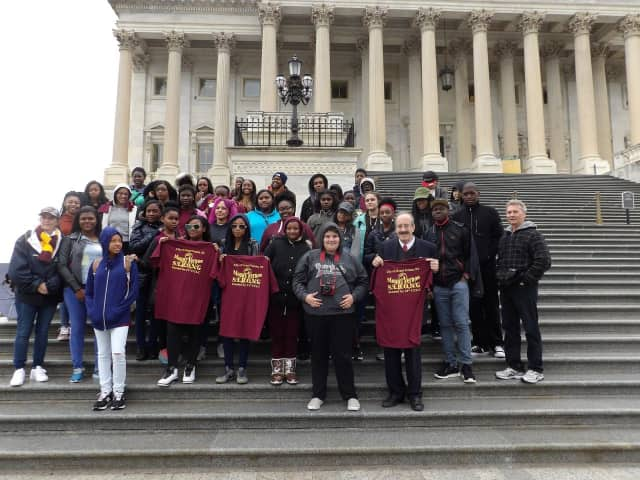 Rep. Eliot Engel recently met with students from Mount Vernon High School on the Capitol steps to discuss matters important to the community.