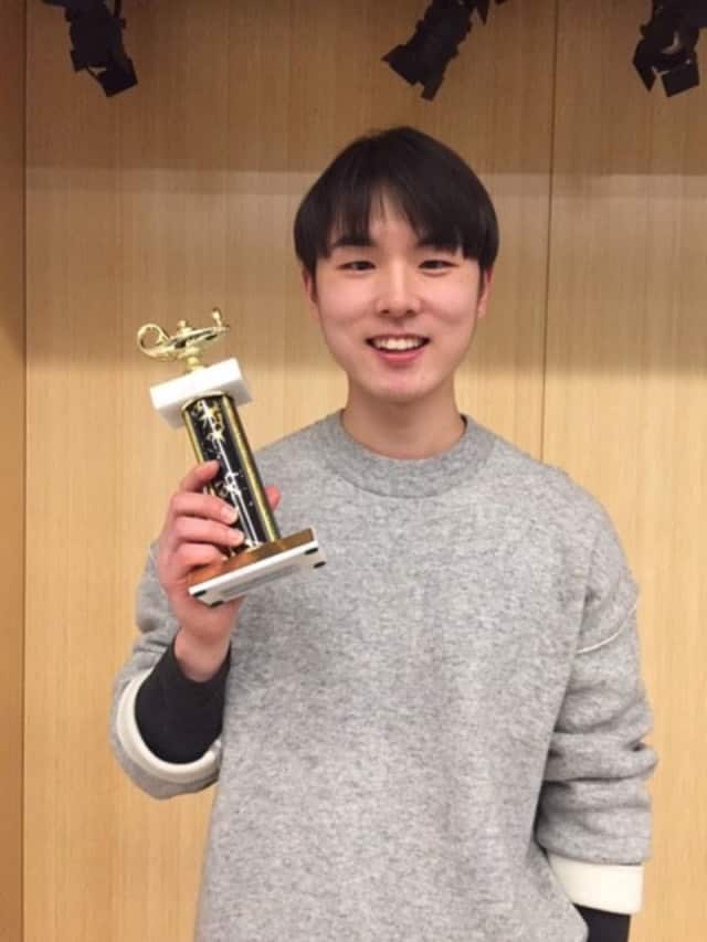 Pace's Jungmok Lee won both the Pace Spelling Bee Finals as well as the Intercollegiate Spelling Bee.