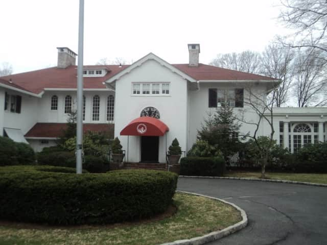 The Woman's Club of White Plains is at 305 Ridgeway.