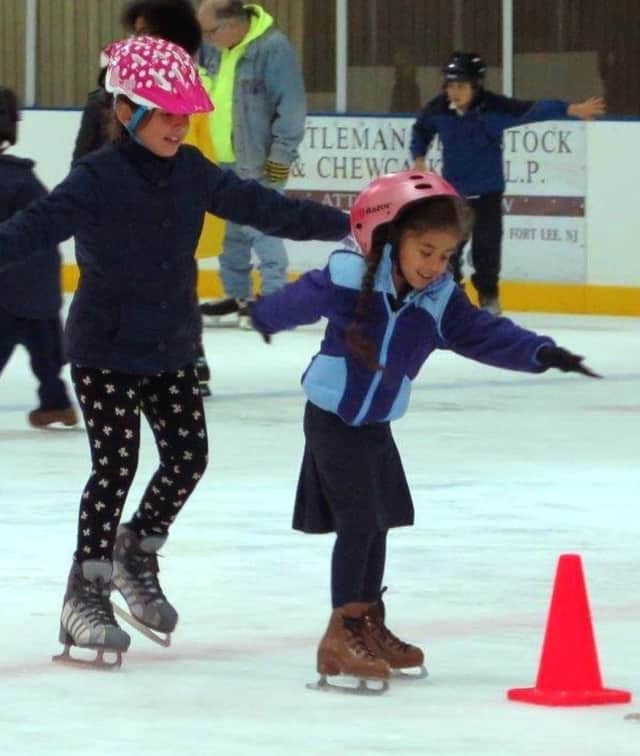 Free skating, food, entertainment offered at Dec. 6 holiday party at the Wright Arena.