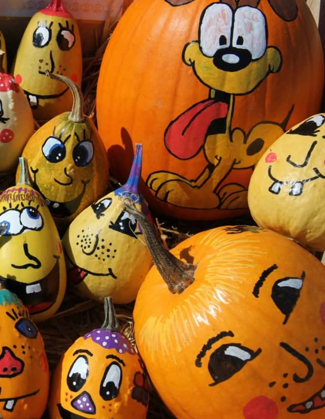 Learn to make Halloween faces at Abma's Farm in Wyckoff.