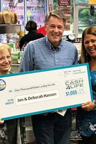 Area Man Wins $4M Cash4Life Lottery Drawing
