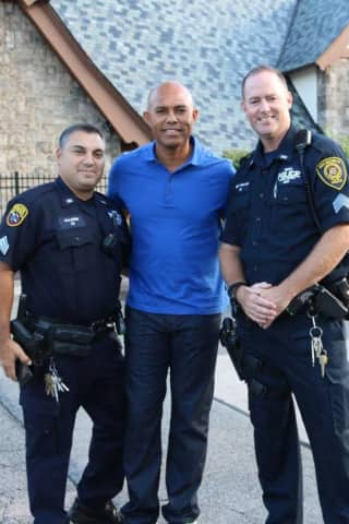 Meet Mariano Rivera At Donation Drop For Hurricane Victims In New Rochelle