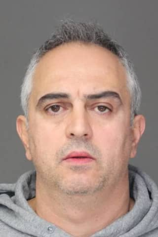 Convicted Felon Sentenced For Stealing Credit Card From Gym Locker In Westchester