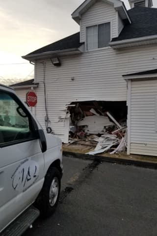 Car Crashes Into Church-Owned Building In Danbury