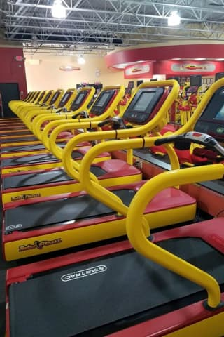 Retro Fitness Shutters 2 Bergen County Locations