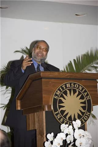 Belleville's Lonnie Bunch Is First African-American To Head Smithsonian