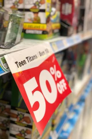 Going, Going, Gone: Wayne Toys 'R' Us Desperate To Clear Shelves