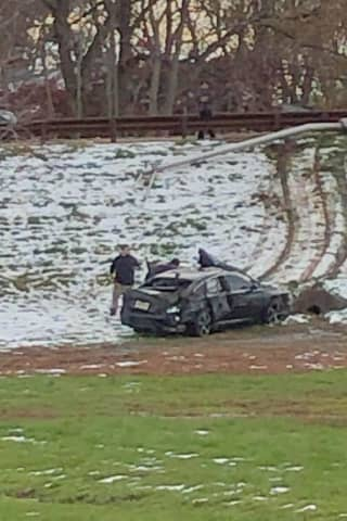 Car Slides Off Garden State Parkway Ramp In Elmwood Park