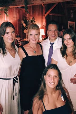 Cuomo, Sandra Lee Reportedly Leaving Westchester Residence Amid Rumors Of Breakup