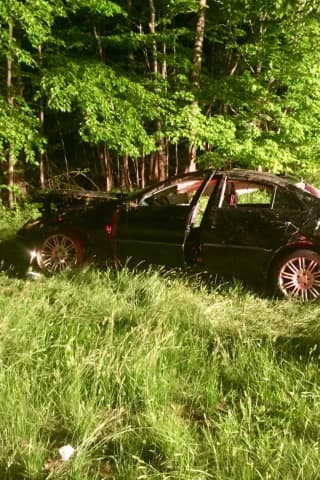 Three Injured When Speeding Mercedes Side-Swipes SUV In Taconic Parkway Crash, Police Say